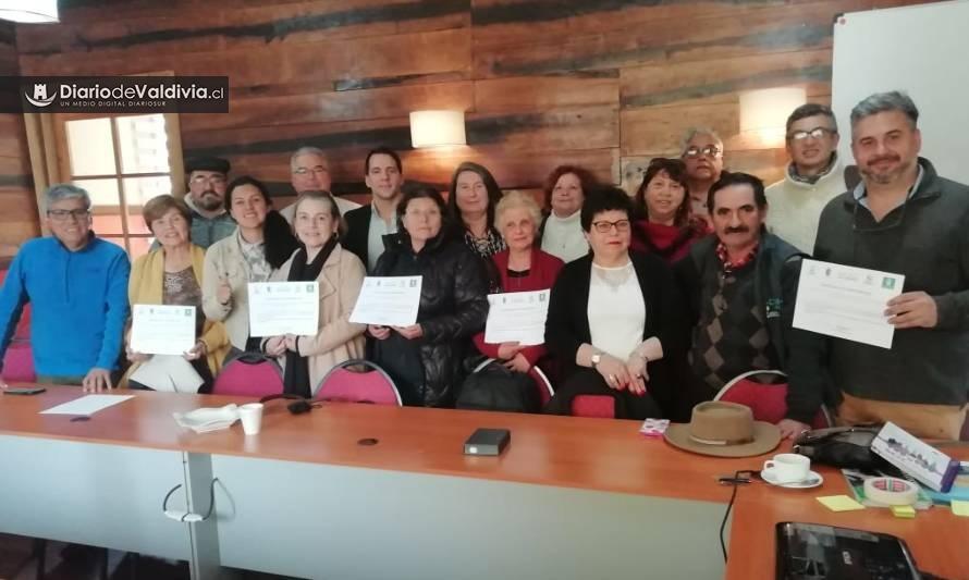 Dirigente de Villa La Angostura expuso sobre liderazgo ante empresarios turísticos del Ranco - Diario Futrono