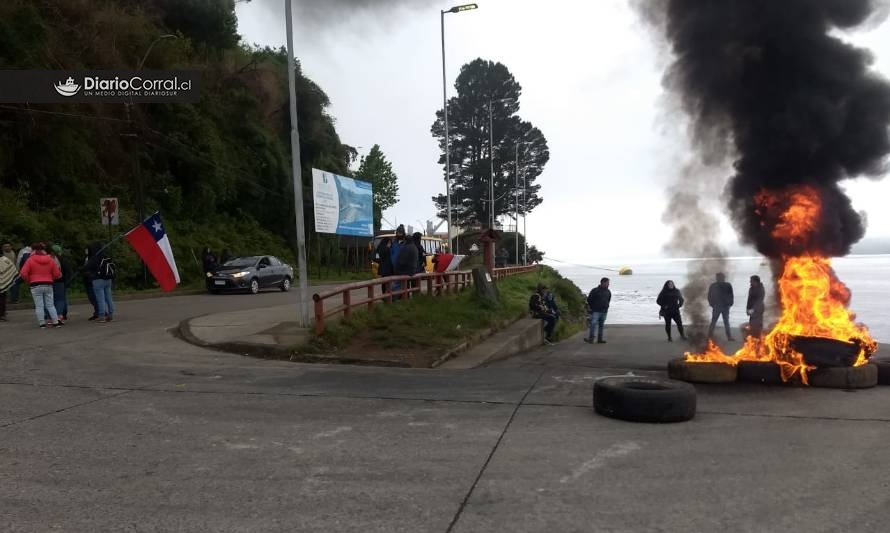 Manifestantes bloquearon accesos a Corral por mar y tierra - Diario Futrono